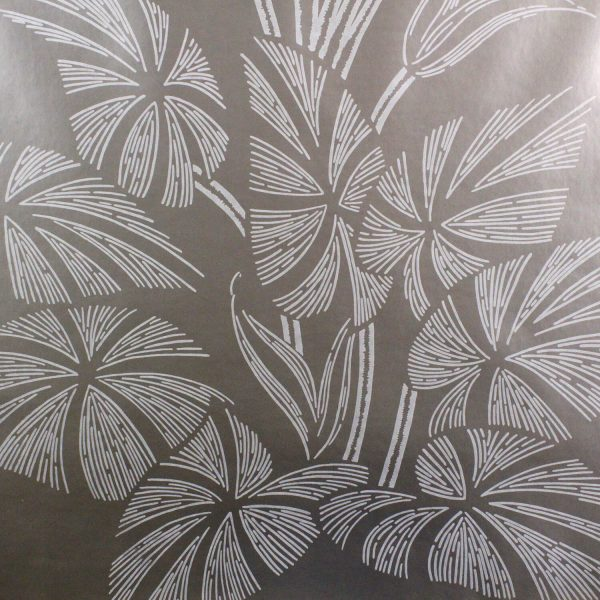 Amazonas on Gunmetal Custom Wallpaper